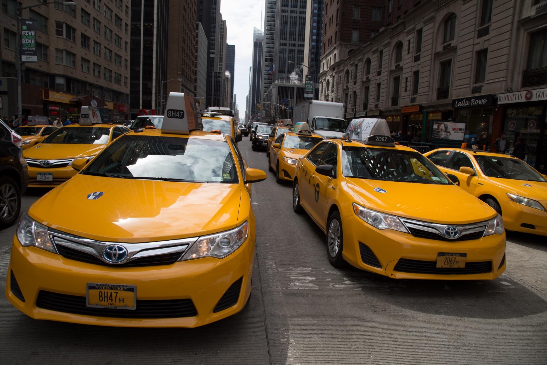Программа для такси — выгодные инвестиции в деятельность диспетчерских служб