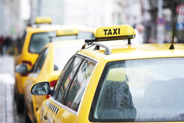 Как начать работу службы такси