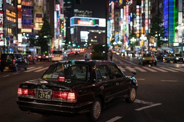 В Японии начали тестирование поездок беспилотных такси